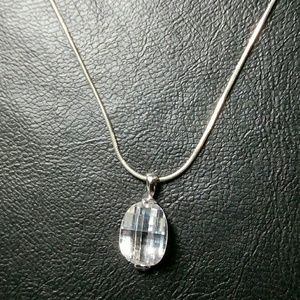 Jewelry - Silver necklace with Crystal